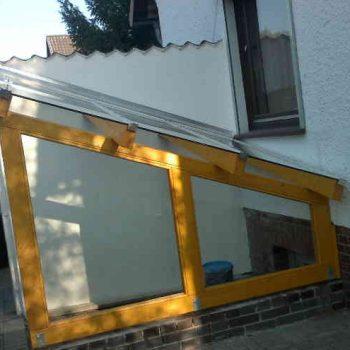 Kellereingangsüberdachung mit einem Verbundsicherheitsglasdach