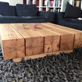 exclusiver Designer-Tisch aus Eichenbalken, Untergestell ebenfalls Eiche massiv
